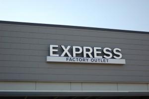 Express-Outleet-Skyline-Architectural